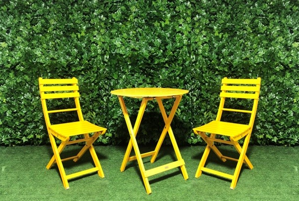 Pleasant Timber Table And Chair Setting Yellow Interior Design Ideas Pimpapslepicentreinfo