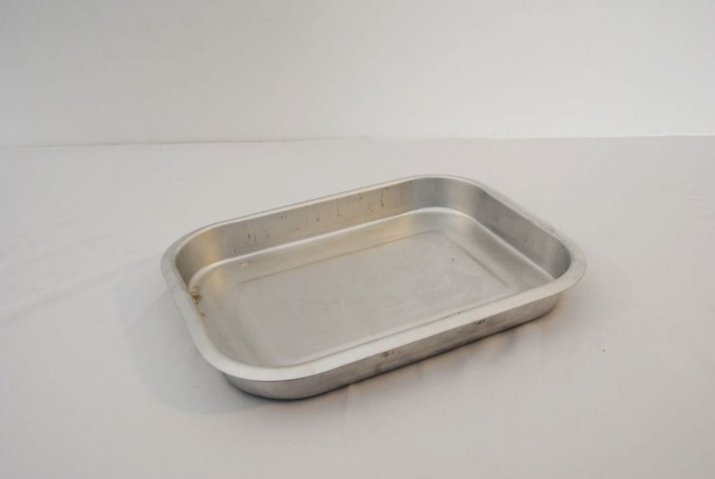 cater hire baking dish