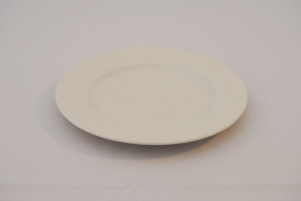 dinner plate set event hire