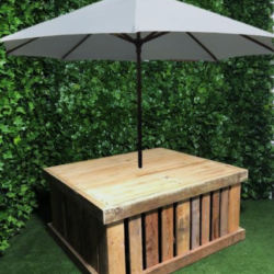 wooden-pallet-furniture-seating-umbrella-box-base