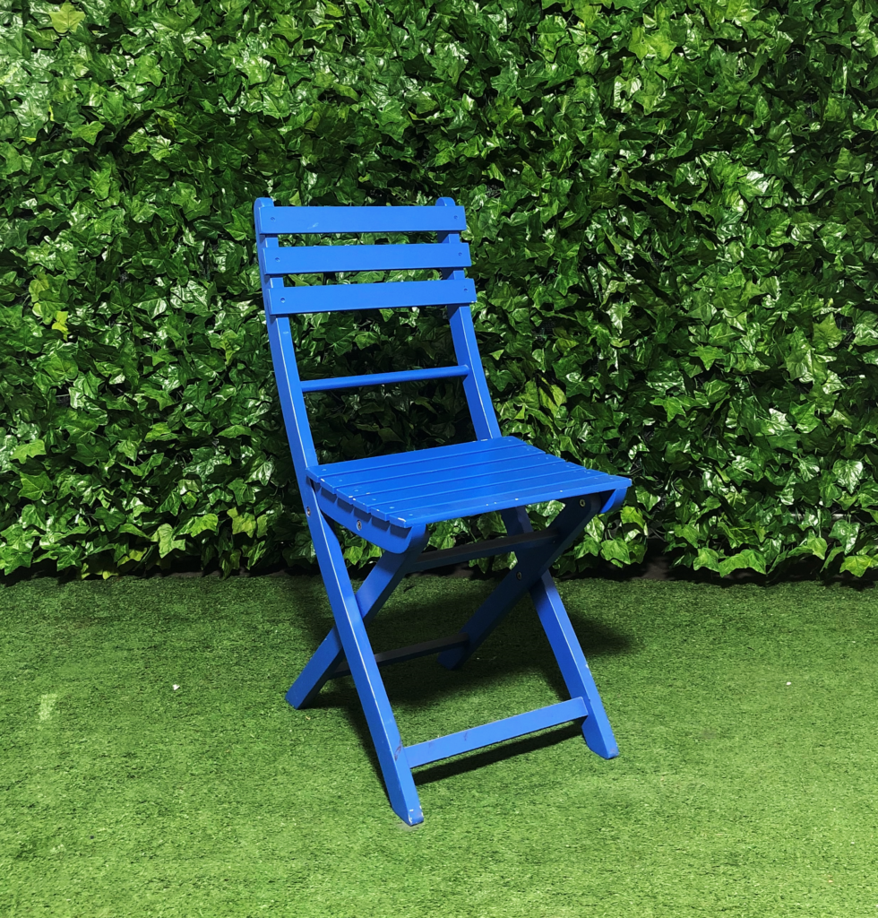 timber-outdoor-wooden-slatted-folding-chair-blue