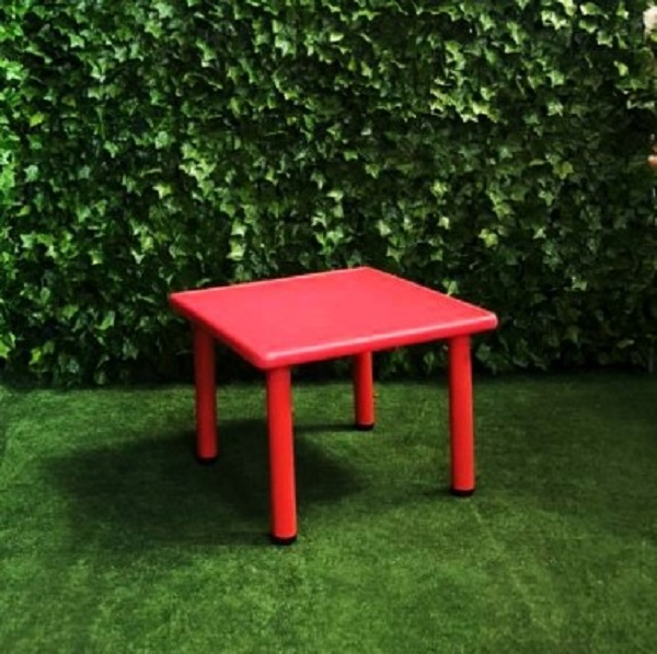 red-square-childrens-kids-kiddy-table-seats-four-small-plastic-table