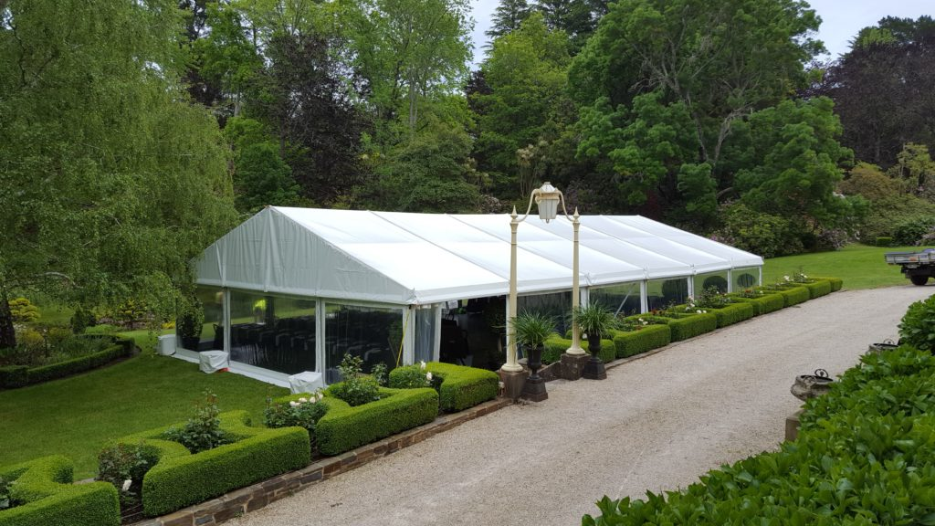 10m-wide-pavilion-with-clear-walls-on-all-sides-and-solid-white-vinyl-roof