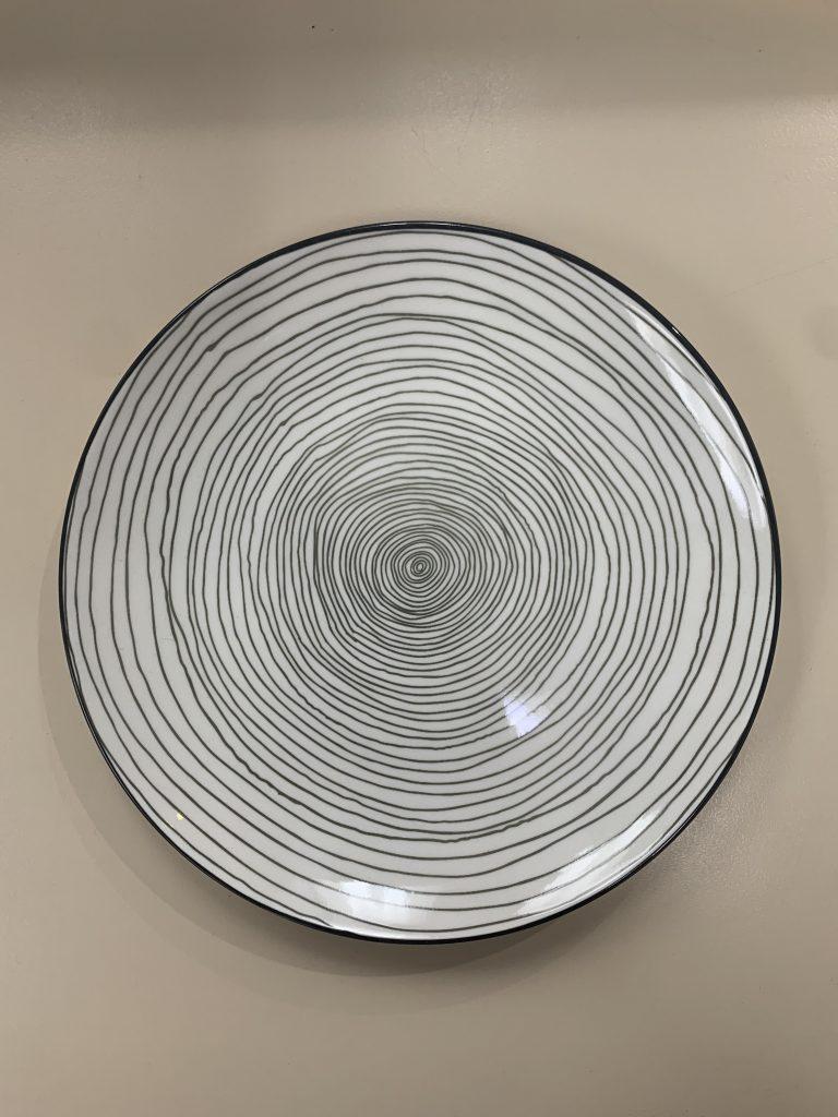 grey_swirl_main_plate_27.5cm